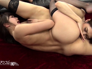 Lesbian anal babe toying stretched arse and categorizing pussy